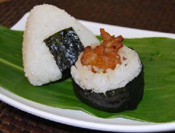2011.11.3.i-toin-omusubi-blog.jpg